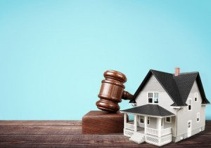 Four Advantages of Selling a Home at Auction